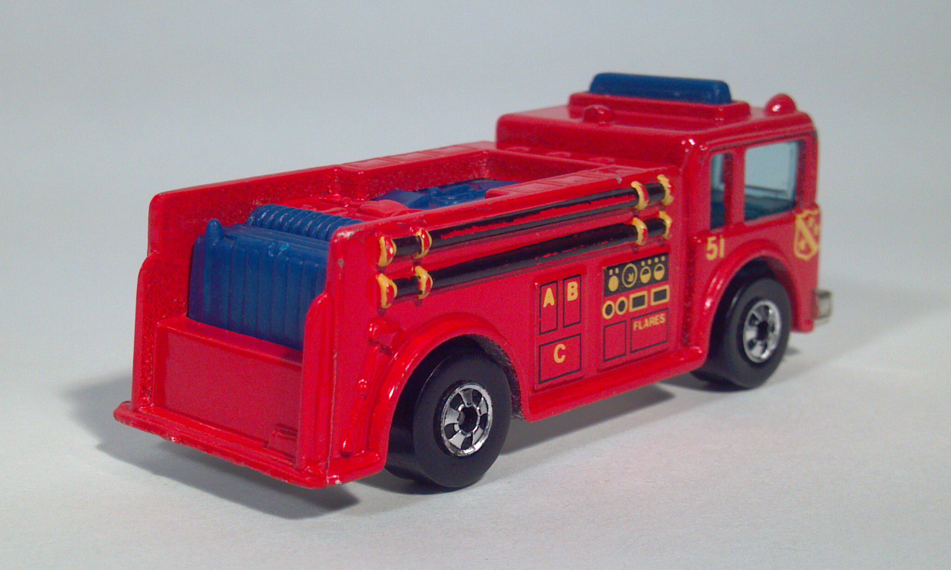 Diecast Toy Fire Trucks Missing 1976 Hot Wheels Truck Yellow