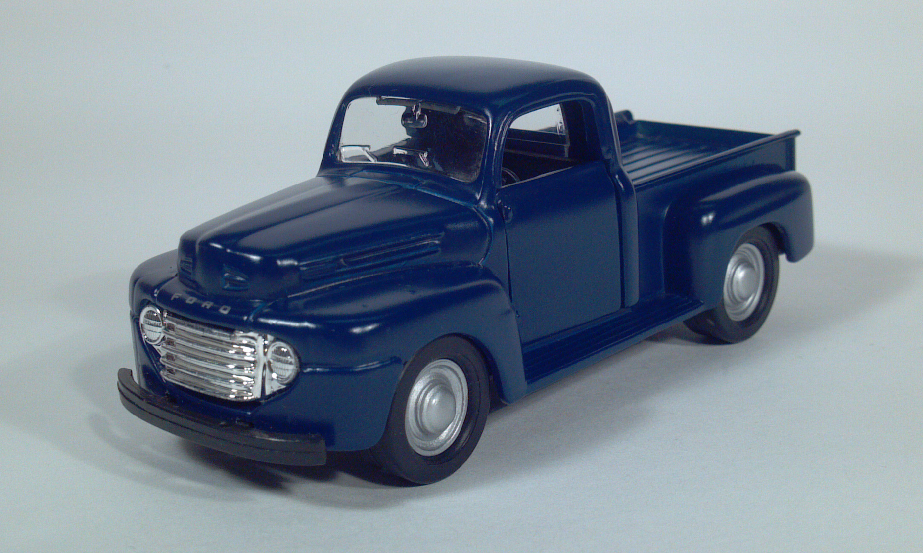 Maisto 1948 1949 1950 ford f1 f2 pickup truck diecast 1 36 scale model toy