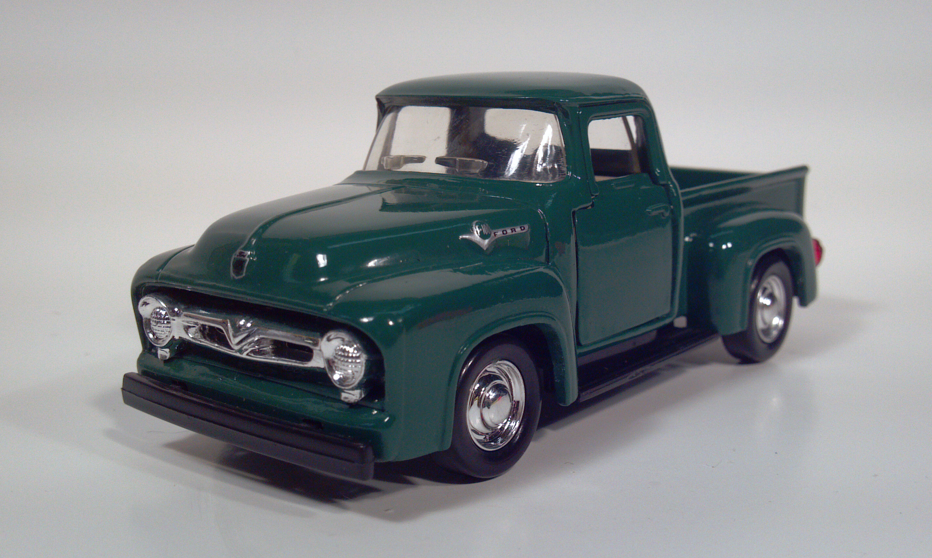 Road champs 1956 ford f100 pickup truck diecast 143 scale model toy