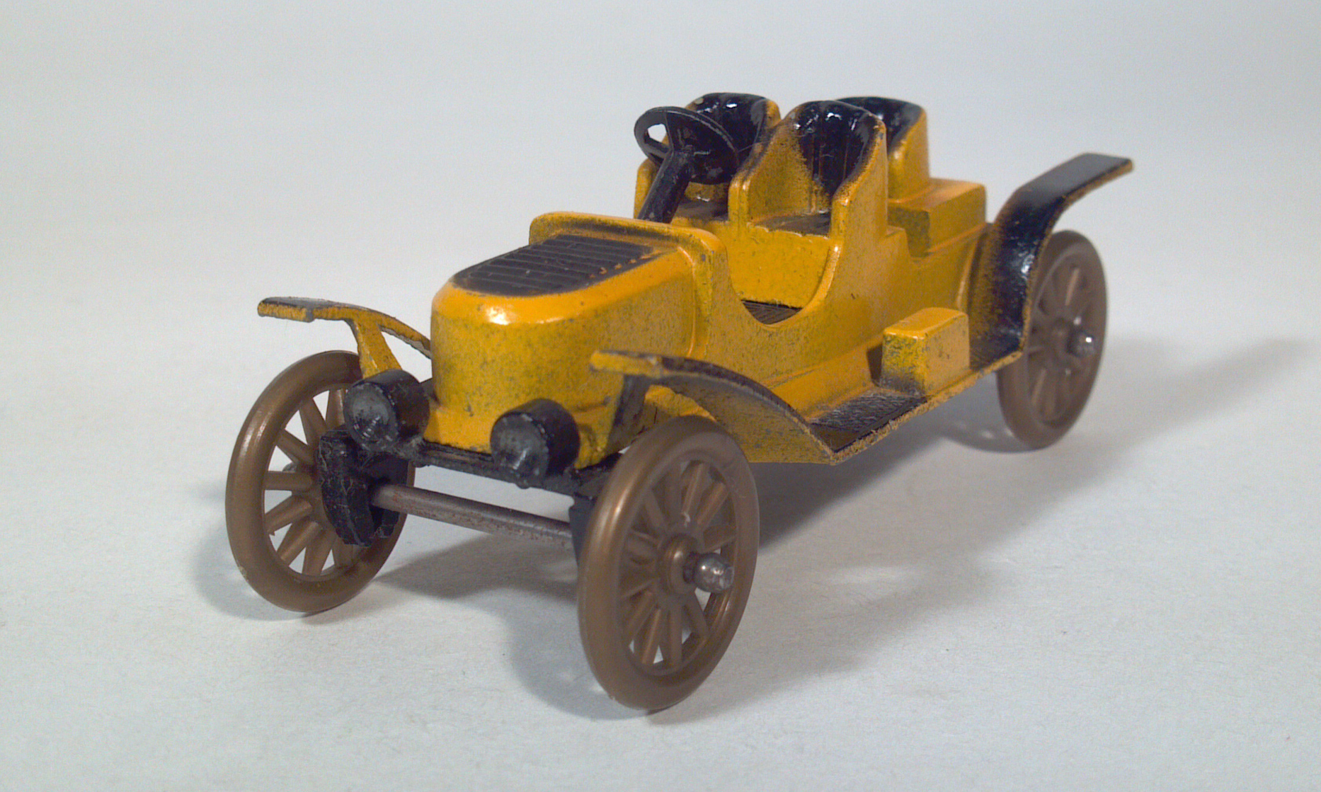 Tootsietoy Classic Series Diecast Scale Models/Toy Cars
