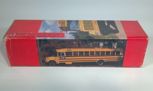 international model 3000 school bus die cast scale model